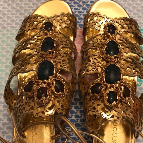 Sergio Rossi Shoes - Sergio Rossi size 37 gold sandals